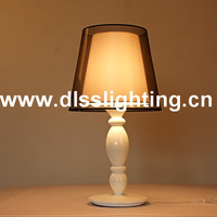 modern home goods fashion table lamp for home and hotel