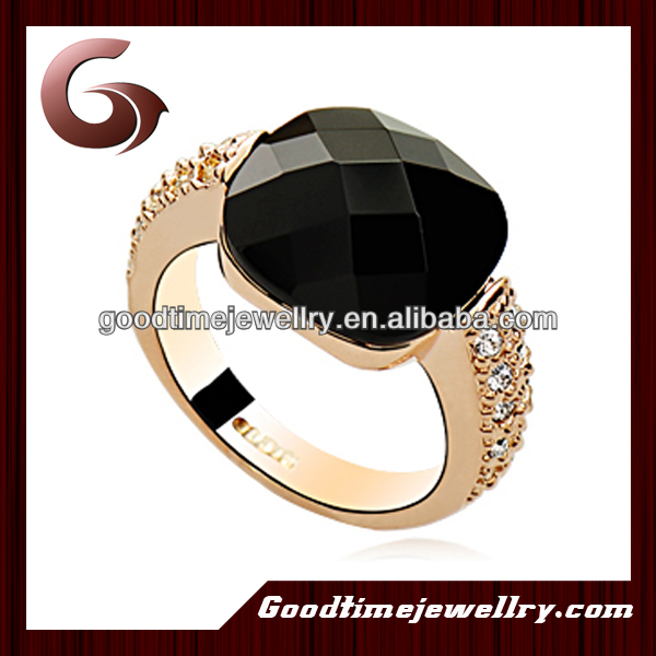 2014 gold plated pigeon ring with black onxy