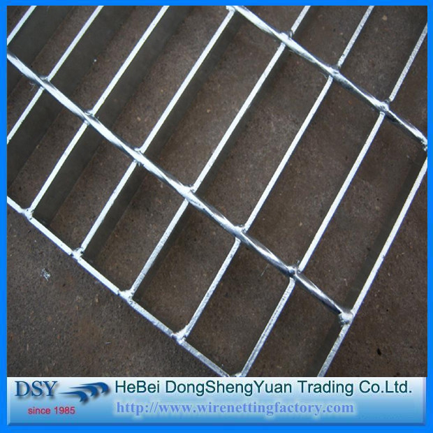 (ISO9001)high quality galvanized concrete steel grating prices/steel structure floor deck