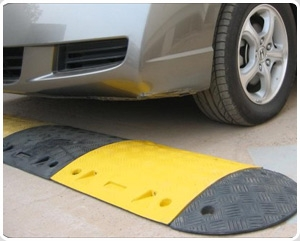 Road safety reflective Rubber PE speed bump/speed hump