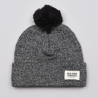 Pom pom heather grey custom leather patch beanies,custom patch winter beanies hat