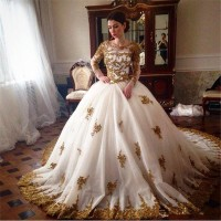 FA16 2017 Luxury Gold Lace Appliques Long Sleeve Muslim Wedding Dresses Princess Ball Gowns Arabic Vintage Wedding Dress