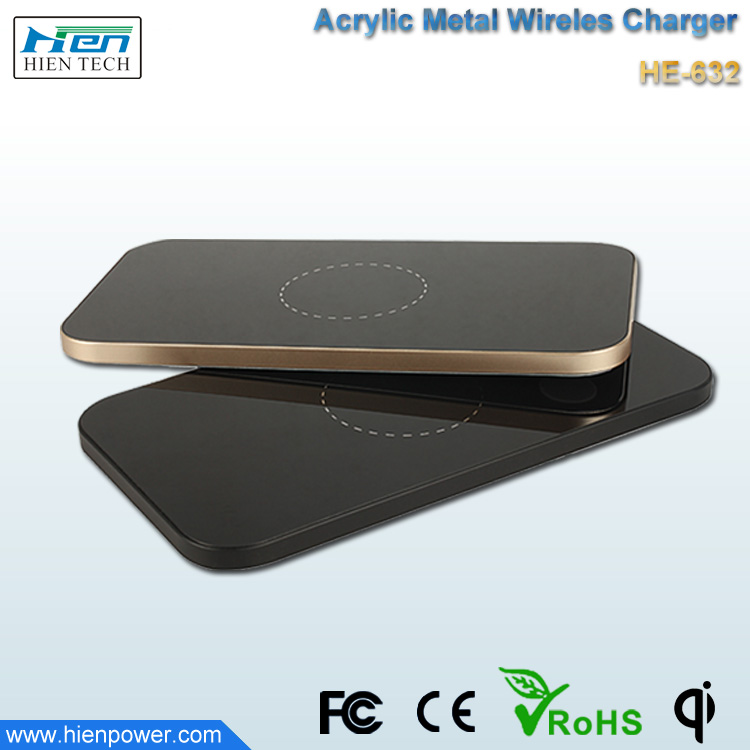 New Product Smart QI Wireless Charger Universal Mobile Phone Battery Wireless Charging For Smasung Galaxy for Iphone/HTC/Nokia