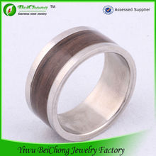 New Style Fashionable Dome Tungsten Wood Ring J1-0101