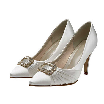 china wholesale buckled sexy ladies low heel ivory bridal wedding shoe