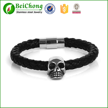 2013 fashion Leather north skull bracelet with Magnetic buckle