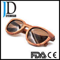 Retro fashion style cat 3 uv 400 wooden sunglasses men.
