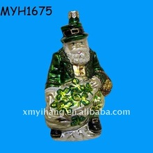 resin santa Ireland with clover