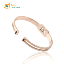 High quality trendy expandable charm bangle move
