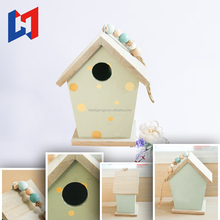Hot sale wooden birdhouses crafts/ finch bird houses