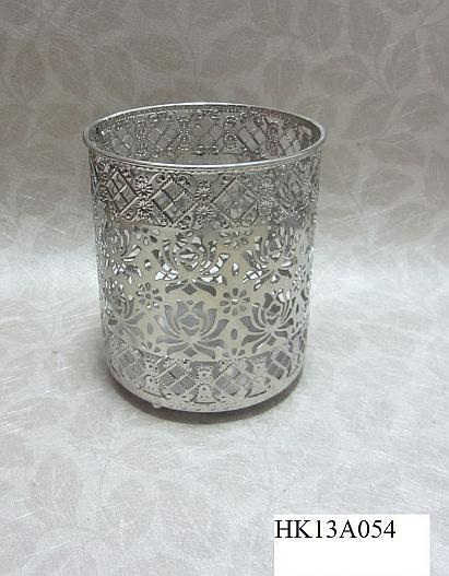 Satisfactory crystal gem candle holder with great price