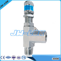 High pressure lever type safety valve