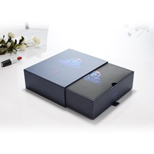 Low price gift boxes with ribbon in foladable box style