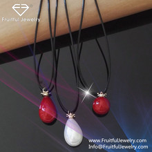 NKEL 2017 new Leather rope Red cherry pearl Water droplets type pendant freshwater pearl necklace discount jewelry