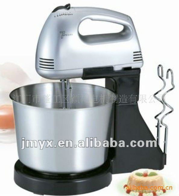 Hand egg mixer with stainless stell bowl