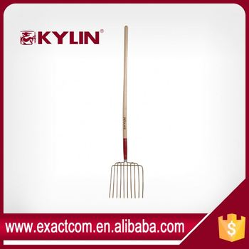 10 TINE TOOTH STEEL STABLE MANURE FORK WITH WOOD HANDLE