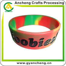 New design silicone bracelets with print logo for fashion accessory