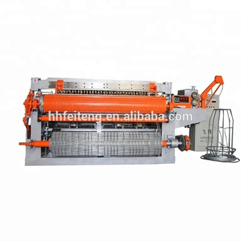 Fully automatic best price electric welded wire mesh machine for fencing in rolls
