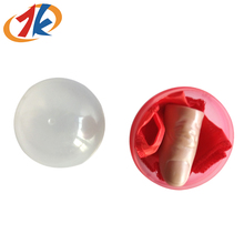 Hot selling cheap plastic finger toy in plastic capsule