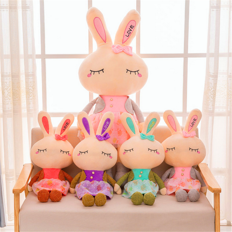 2017 New Hot Selling Cute Wholesale Rabbit Plush Toys for Valentine's Day and Gift with High Quality Dolls