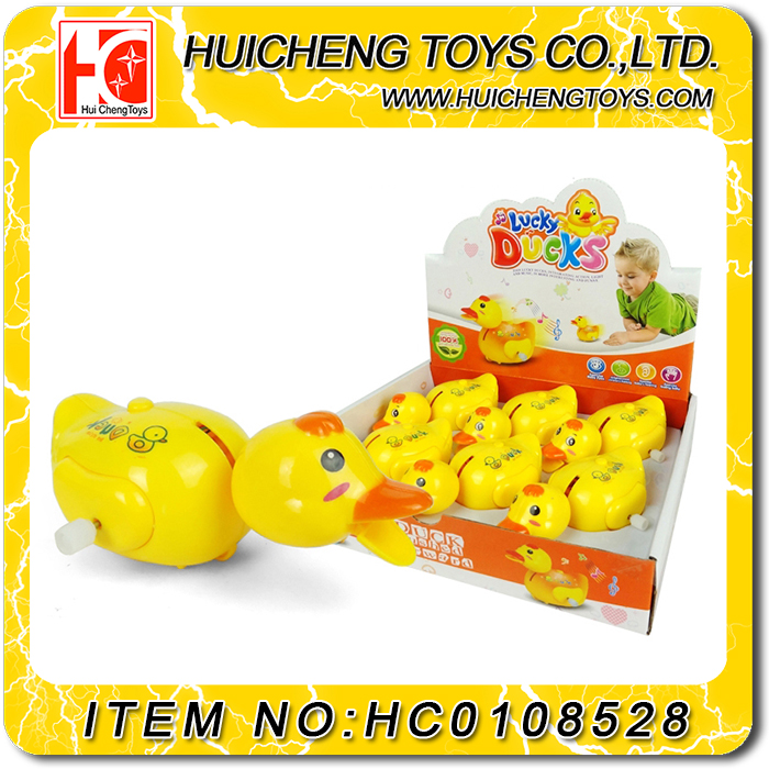 2017 Wholesale plastic small cartoon wind up duck toy for kids