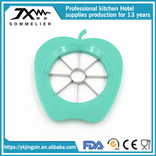 Lovely Fruit Apple Shaped 8 Pieces Apple Cutter