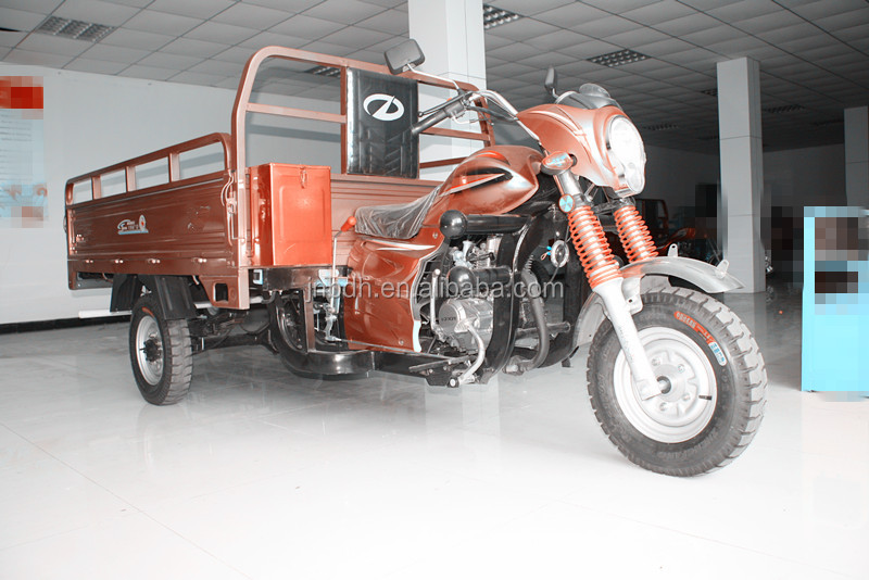 strong climbing ability cargo three wheel motorcycle