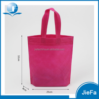 Cheap price non woven carry bags with high quality