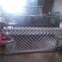 80*80 inch galvanized chain link fence, diamond hole wire mesh, used for cages and coops