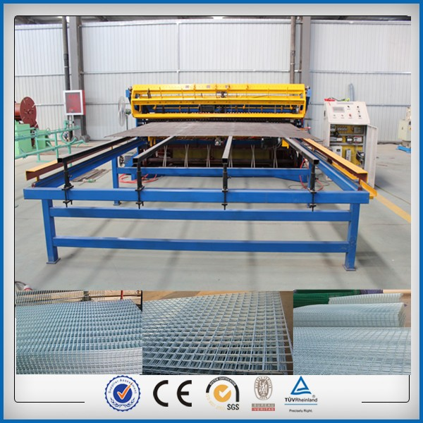 Automatic double loop wire fence mesh machine