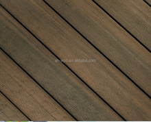 High pressure and Non fading and anti-oxidation and water resistant outdoor use co-extrusion decking