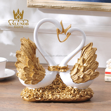 Factory Price Resin Golden Swan Statue/Polyresin Couple Swan/Resin Swan Crafts Wedding Decoration