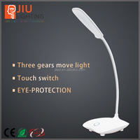 Battery powered led desk lamp office table light led reading lamp with touch