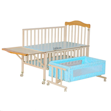 Convertable New zealand pine wooden baby crib/bed extender for baby