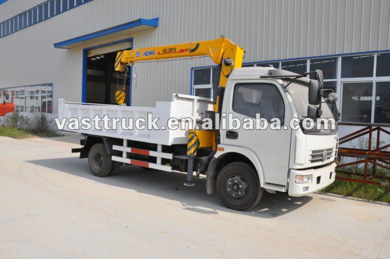 Dongfeng mini dump truck with crane