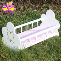 hot sale wooden baby crib, new design comfortable Swing baby crib/Baby rocking cradle WJ278012