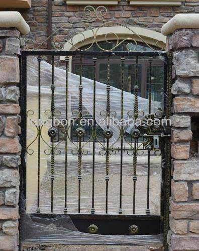 2013 Top-selling modern hand-forged iron side gate