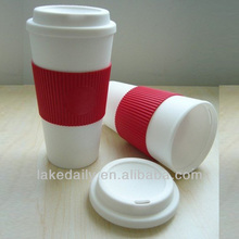 excellent quality plastic water tumbler with silicone lids and grip