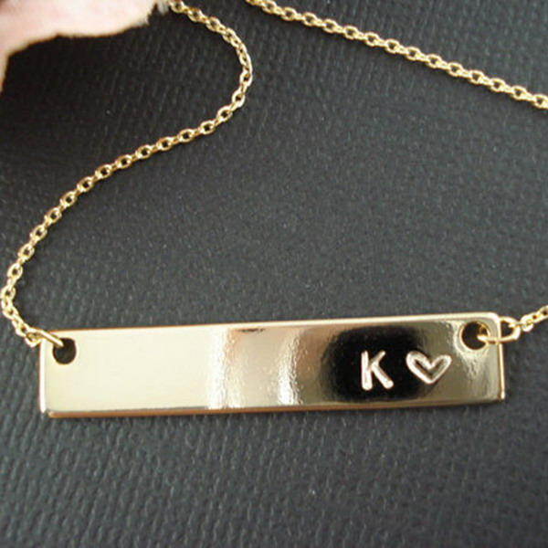 Personlized Cheap Letter Engraved Metal Gold Plated Custom Necklace Wholesale