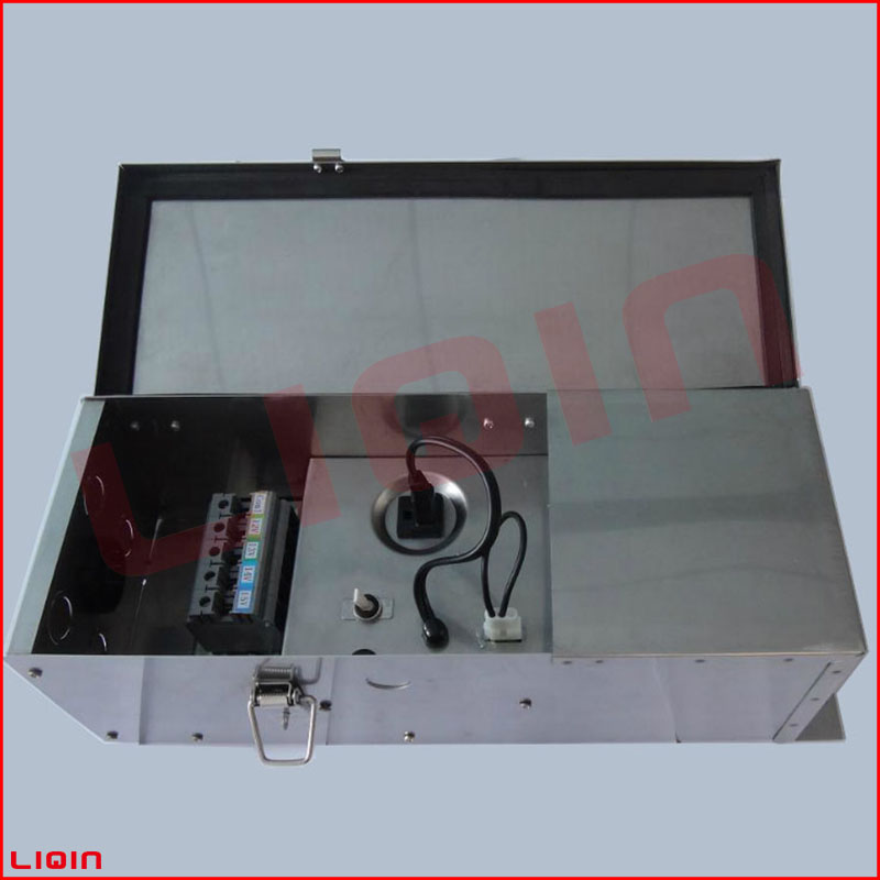 Low voltage landscape lighting transformer with stainless steel for garden lighting