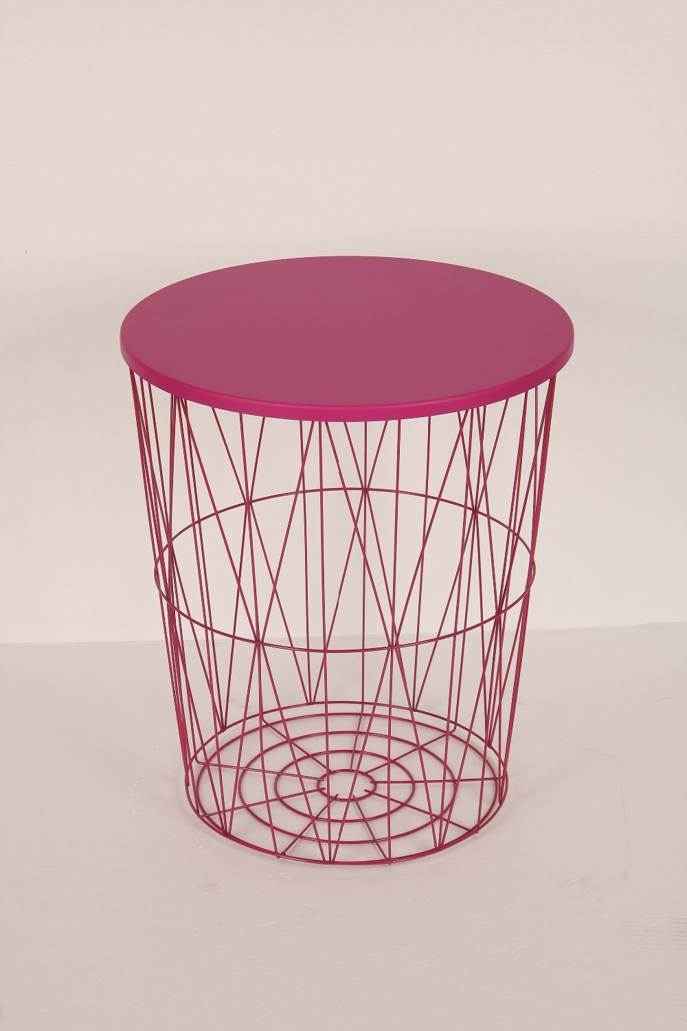 metal round end table with wire frame