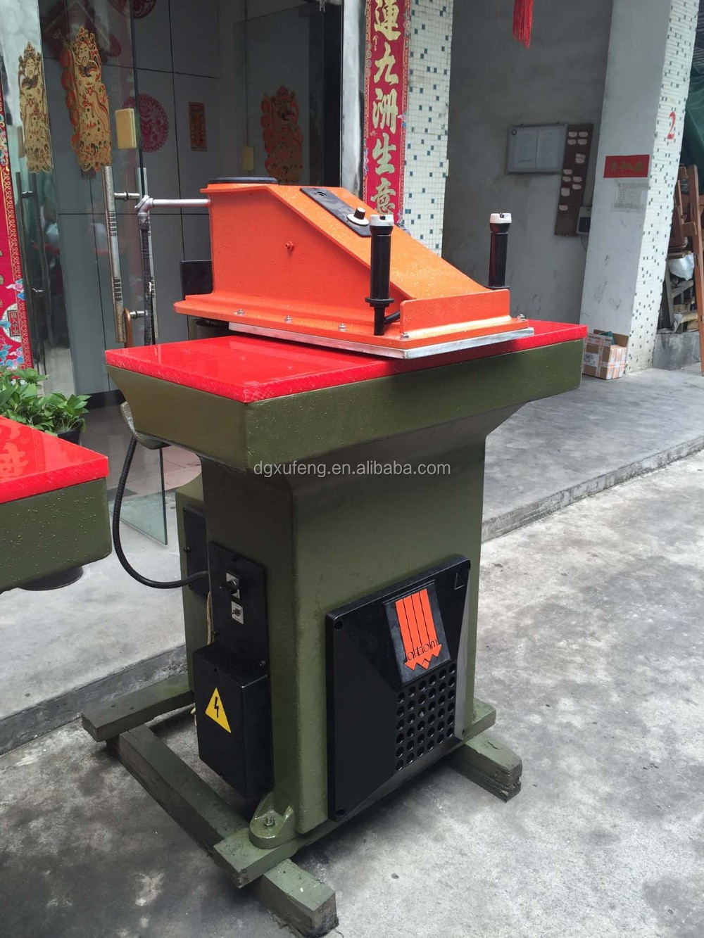 leather cutting press machines used for sale