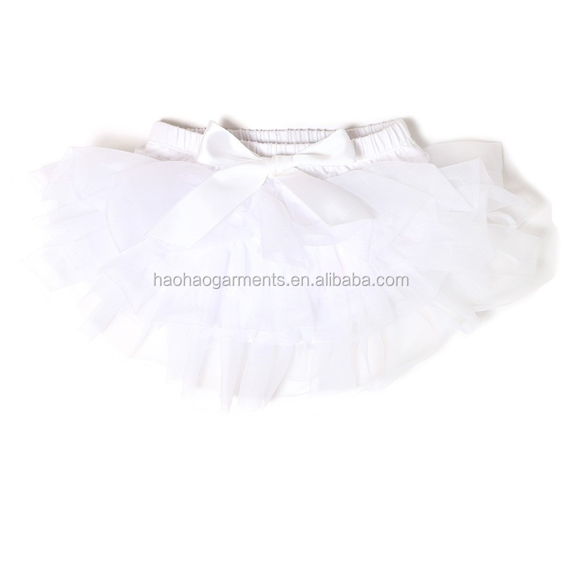 white cotton chiffon ruffles around infant baby underwear with tulle ruffles bow