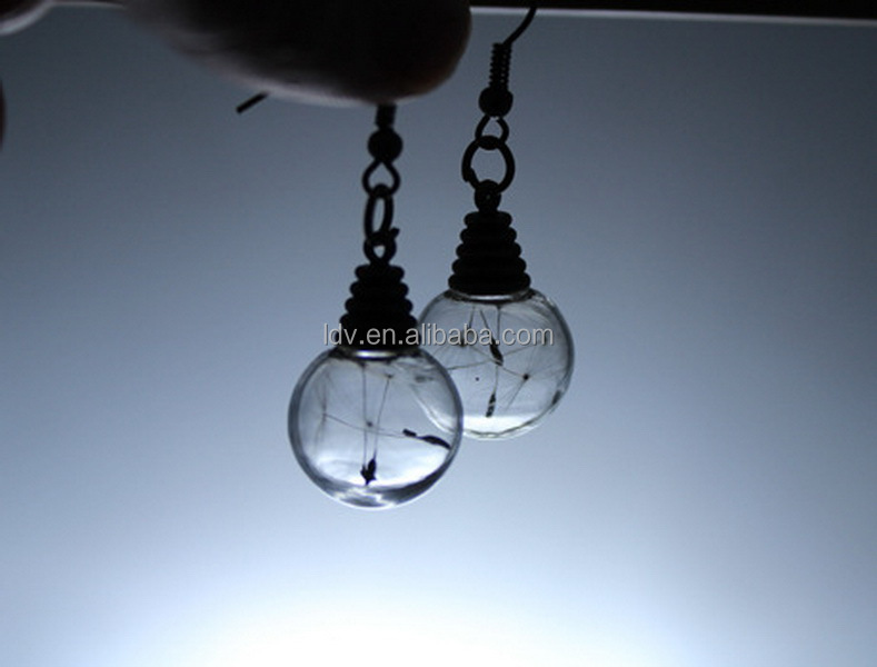 Hot sell Vintage gold glass ball dandelion seeds pendant light bulb personality earrings designs
