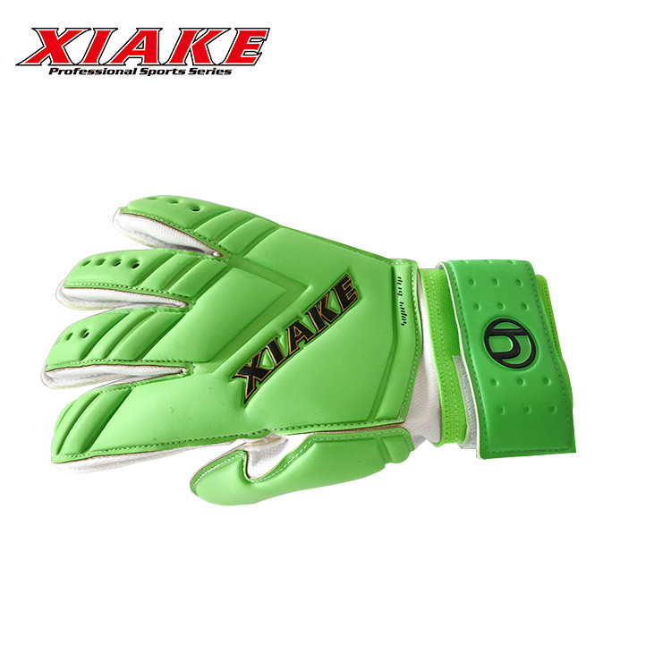 Breathable Fingersave Green Football Goalkeeper Gloves For Training
