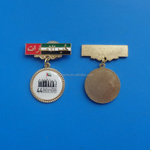 uae 44th national day badge with printed dangler, custom uae lapel pin for uae national day gifts