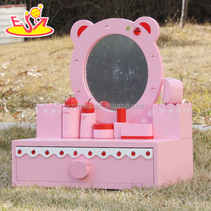Wholesale girls toy dressing table wooden dress up games in pink W08H077
