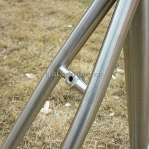 Professional titanium alloy road bike frame made in China