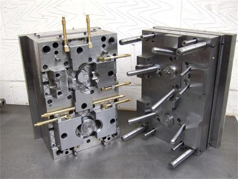 Auto plastic injection parts with mould
