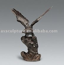 Bronze eagle sculpture (30 years factory)